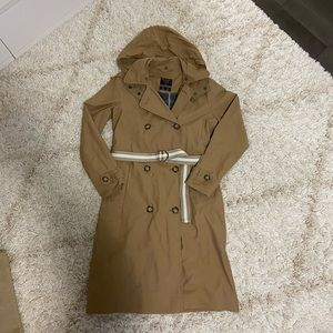 Abercrombie & Fitch Camel Trench Jacket with Belt